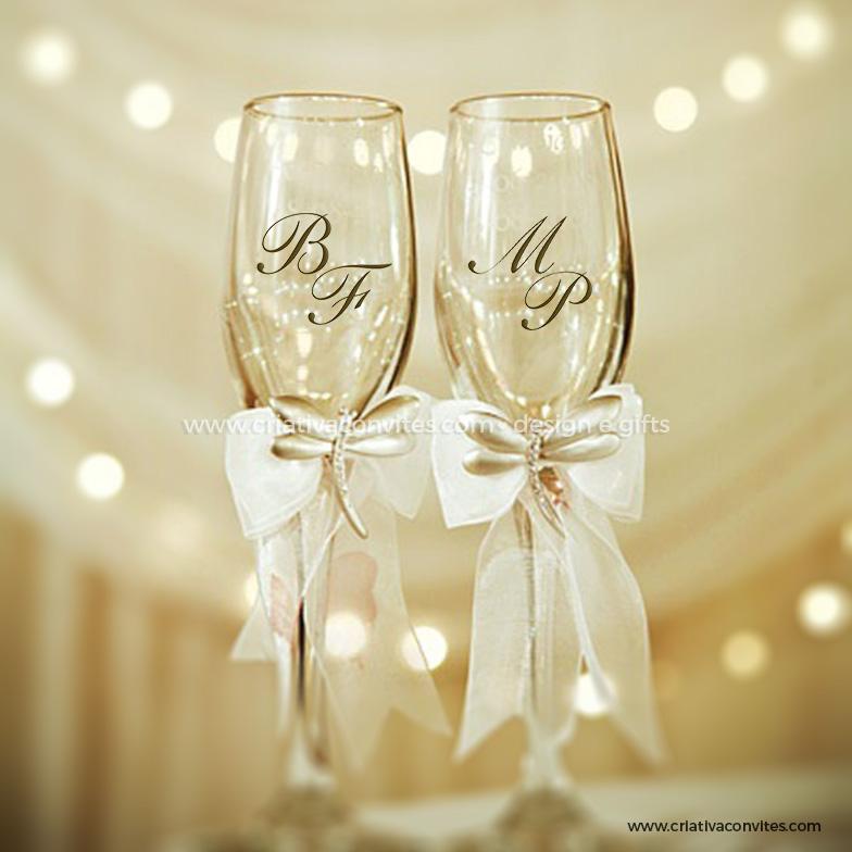 Adesivo casamento iniciais dos noivos